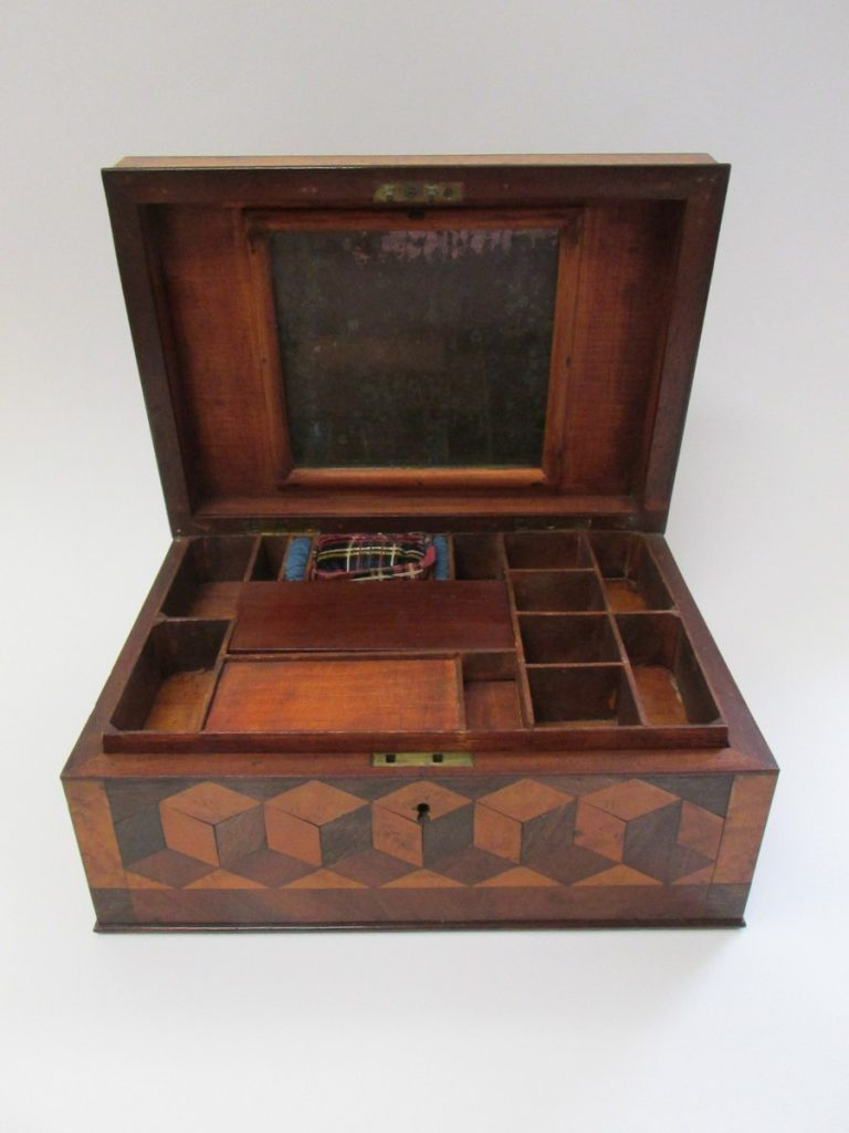 Sewing box 2